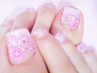 ピンクで足先だけ乙女❤お花盛り