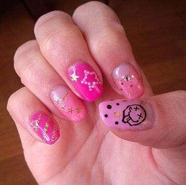 とびきりポップ!なピンクカラーネイル☆